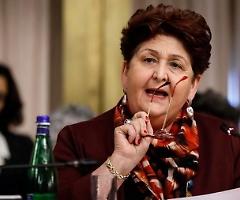 Bellanova: «Non mi piace la scuola chiusa, le donne abbandonano il lavoro»