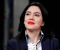 """Azzolina difende """"Bella Ciao"""": «È patrimonio italiano, diffonde valori universali»"""