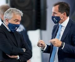 Vaccino Anti Covid, l'Italia parte con 1,9 milioni di dosi