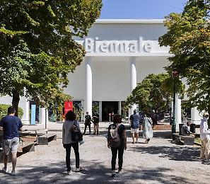 A Venezia torna La Biennale per la grande festa del cinema: con una preapertura eccezionale