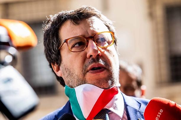 No del Senato per il processo a Salvini, col soccorso dei renziani