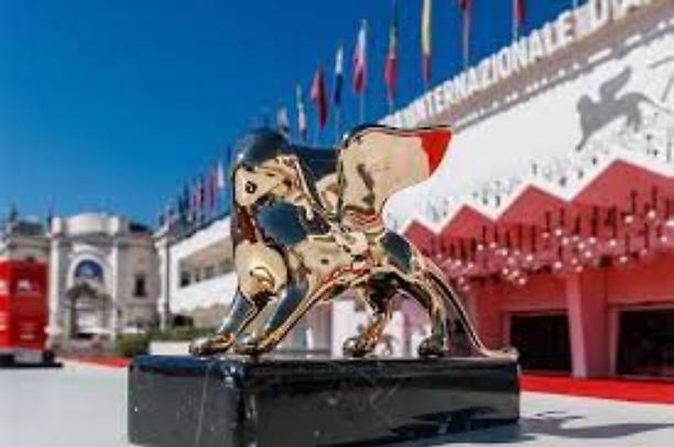 A Venezia il ruggito dei grandi per il Leone d'oro
