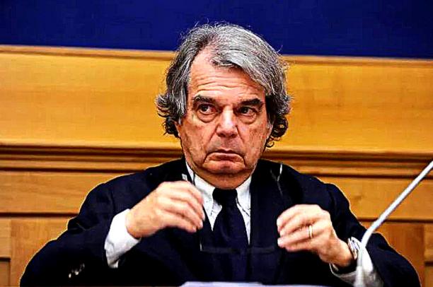 Il «concorso farsa» di Brunetta per la Pubblica Amministrazione. Vallascas: «Una beffa per il Sud»